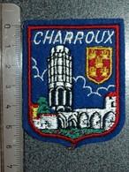 ECUSSON  TOURISTIQUE TISSUS  CHARROUX - Ecussons Tissu