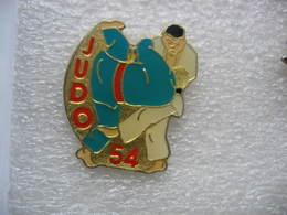 Pin's Club De Judo 54 - Judo