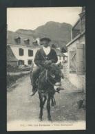 Les Pyrénées - Vieux Montagnard - Maca01108 - Costumes