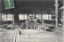 Decazeville - Dressage Des Poutrelles   - Beau Plan Animé  -  Circulé - Decazeville