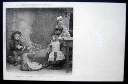 CPA 29 QUIMPER - Costumes D'enfants - Cette Bonne Soupe Au Lait - Précurseur Villard 1177 - Réf. E 56 - Quimper