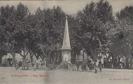 St Maximin Place Malherbe - Frankreich