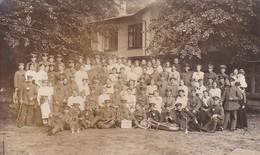 AK Foto Deutsche Soldaten Mit Frauen - Verein Weiblicher Samariter - Blasmusik - 1917 (45455) - Weltkrieg 1914-18
