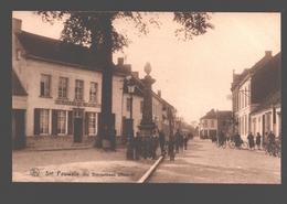 Sint Pauwels / Snt Pauwels - De Dorpstraat (Noord) - Zeer Geanimeerd - Uitg. Emile Beernaert, Lokeren - Sint-Gillis-Waas