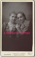 CDV En 1892 2 Jeunes Filles Complices- Photo Bellingard à Lyon-TB état - Photos