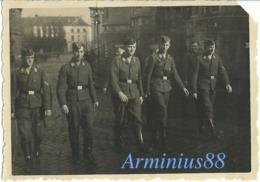 Belgique - Leuven - Louvain, Sous L'occupation Allemande - Wehrmacht, 1940 - Eglise Saint-Pierre - Mechelsestraat - Guerre, Militaire