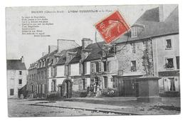 22 – BROONS : L'hôtel Duguesclin Et La Place - Otros Municipios