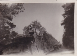 PHOTO ORIGINALE 39 / 45 WW2 US . ARMY  FRANCE MERVILLE 1944 CONVOI AMERICAIN - Guerra, Militares