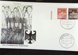 """Berlin: FDC Mit Zus.dr. Z30/10 Pf """"Brandenburger Tor"""" Aus Berlin 120 25.8.70 Mit BT U Stacheldraht -ohne Adr. Knr: W 44 - FDC: Covers"""