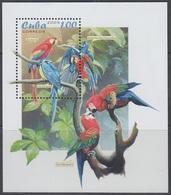 2005Cuba4684/B198Parrots - Perroquets & Tropicaux