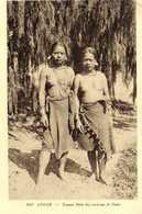 ANNAM Femmes Mois Des Environs De Dalat  Seins Nus RV - Viêt-Nam