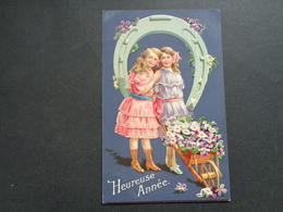 Enfant ( 4199 )   Kind  Carte Gaufrée   Reliëf - Enfants