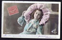 CPA Enfant Jolie Fillette Très élégante Au Grand Chapeau - Pretty Girl Photo - Ritratti