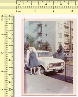 REAL PHOTO Renault Car, Woman & Kid Out Of Frame Mother Child, Mere Enfant Voiture Vintage Original Snapshot Photograph - Automobiles