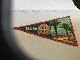 Écusson Fanion En Plastique   Blason Tissus Plastifié Toulon Corniche Du Mourillon En L état - Ecussons Tissu