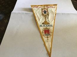 Écusson Fanion En Plastique   Blason Tissus Alicante Far Divina - Ecussons Tissu