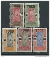 Togo N° 119 / 23  X  : La Série Des 5 Valeurs Surchargées,  Trace De Charnière Sinon TB - Ohne Zuordnung