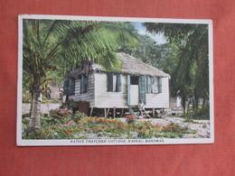 Native Thatched Cottage Nassau Bahamas  Has Stamp & Cancel      Ref 3761 - Bahamas