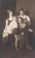 3 Women And A Girl W Long Hair Real Photo Postcard - Fotografía