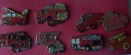 LOT DE 8 PIN'S POMPIERS - Pompieri