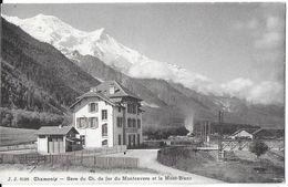CHAMONIX-MONT-BLANC 74 HAUTE-SAVOIE J.J. 8596 GARE DU CHEMIN DE FER DU MONTENVERS ET LE MONT-BLANC - Chamonix-Mont-Blanc