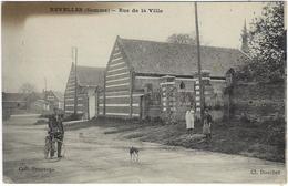 80  Revelles  Rue De La Ville - Francia