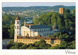 1 AK Litauen * Kathedrale St. Stanislaus Mit Rf Ei Stehenden Glockenturm In Der Hauptstadt Vilnius - UNESCO Welterbe * - Litouwen