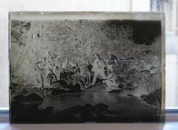 PECHE A LA RIVIERE - PLAQUE DE VERRE PHOTO 8.5 X 6.5 CM - Plaques De Verre