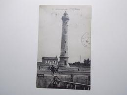 Carte Postale  - OUISTREHAM (14) - Le Phare (3687) - Ouistreham