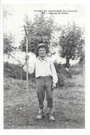 Types Et Costumes Du Poitou.....paysan Au Labour.... - Paysans