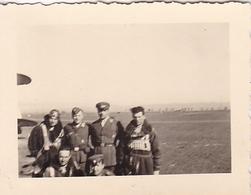 PHOTO ORIGINALE 39 / 45 WW2 BULGARIE SOFIA AVRIL 1941 AVIATEURS ET PILOTES ALLEMANDS - Guerra, Militares
