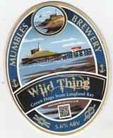 MUMBLES BREWERY (LLANSAMLET, WALES) - WILD THING - PUMP CLIP FRONT - Letreros