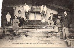 Moulin à Vent. Cuvage De M. Jean Démarquest - France