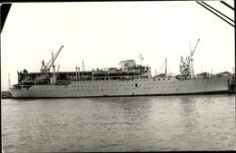 Cp MM Dampfer Delphi Im Hafen, Steuerbordansicht, Kräne - Schiffe