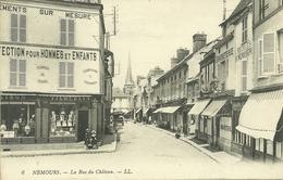 77  NEMOURS - LE RUE DU CHATEAU (ref 7131) - Nemours