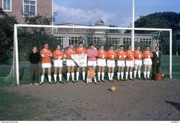 21 Dia's Jaren +- 1970 Van Een Voetbalploeg. Gent - Gand - Ghent - Diapositivas