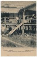 CPA - LAOS - Indigènes Au Bureau De Poste De Pak-San (Moyen Laos) - Collection Raquez - Très Bel Etat - Laos