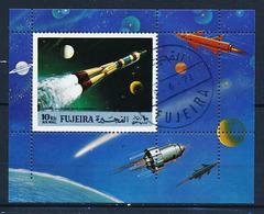 Bloc (2) 1 Timbre Oblitéré FUJEIRA Espace Une Fusée D'URSS CCCP - Espacio