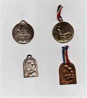 Insigne épinglette Médaille Métal Journée Des Orphelins 1916 Guerre 14-18 (4 Insignes) - 1914-18