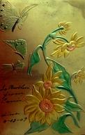 Belle Cpa Gaufrée PAPILLONS & FLEURS JAUNES  Fond Doré Aspect Métal ,1909 BUTTERFLIES & FLOWERS Golden , Embossed OLD PC - Fleurs
