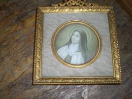 Sainte Thérèse (?)dans Très Joli Cadre En Métat Argenté  à Poser Ou à Accrocher - Religion & Esotericism