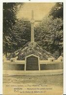 62 - ARRAS / MONUMENT AUX MORTS (carte Toilée) - Arras