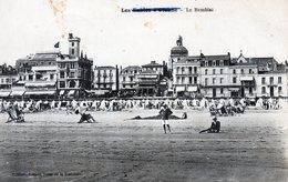 Les Sables D'olonne ----  Une Vue De La Plage Et De Ses Habitations .....  AVANT - Sables D'Olonne