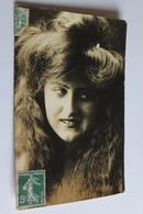Femme Portrait Longue Chevelure 1907 - Donne