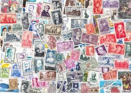 T VRAC - France, 2200 Timbres TOUS DIFFÉRENTS Beau Lot. - Lots & Kiloware (mixtures) - Min. 1000 Stamps