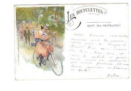 Les Bicyclettes Sont Les Meilleures  Une Femme De La Epoque A Bicyclette - Donne