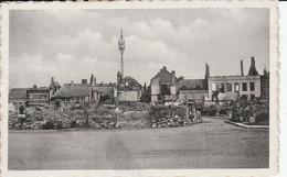 NIVELLES  RUINES SUR LE BAS DE LA GRAND PLACE EN 1940 - Nivelles