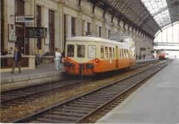 ** Lot De 2 CPM GF ** TRAINS  Train FRANCE Autorails PICASSO X 3800 à BORDEAUX Et FOURAS - Zug Trenes Bahn Trein Treni - Treni