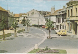 57 - WOIPPY - RUE DU GENERAL DE GAULLE - AUTOMOBILE AUTO  RENAULT 4L DE LA POSTE -  VOIE  SEMI-PIETONNE - - Autres Communes