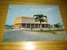 "Postcard Africano""Carmona, Edifício Do Rádio Clube Do Uige"" Angola - Angola"